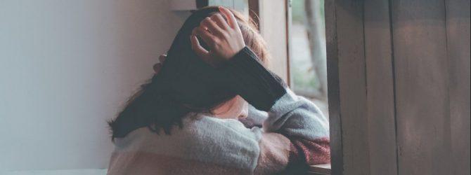 遠距離恋愛で音信不通になった彼が心配で体調を崩してしまった私…彼のことを霊視して頂きました